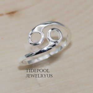 Zodiac sign Cancer Ring in Sterling Silver